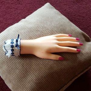 Vintage unusual hand ring holder